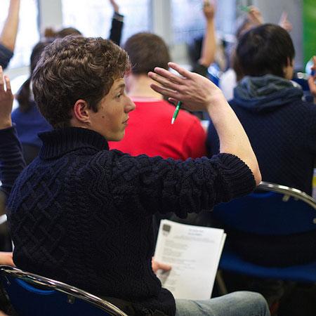 """Studente alla giornata """"Safer Internet"""" promossa dal Consiglio d'Europa"""
