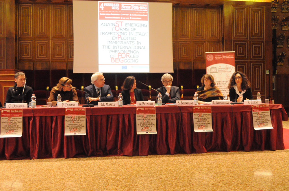 Central table with the speakers, Claudio Donadel, Paola Degani, Marco Mascia, Alessandra Brunetti