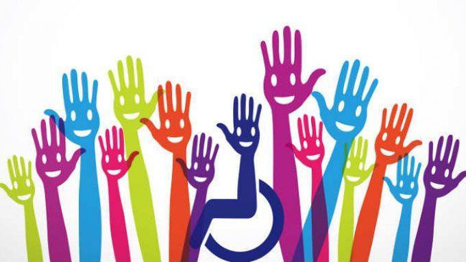Diritti delle persone con disabilità mani tese