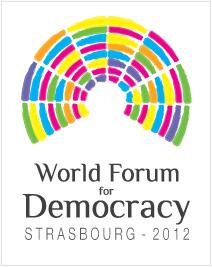 Un emiciclo parlamentare di molti colori sovrasta la scritta dell'evento