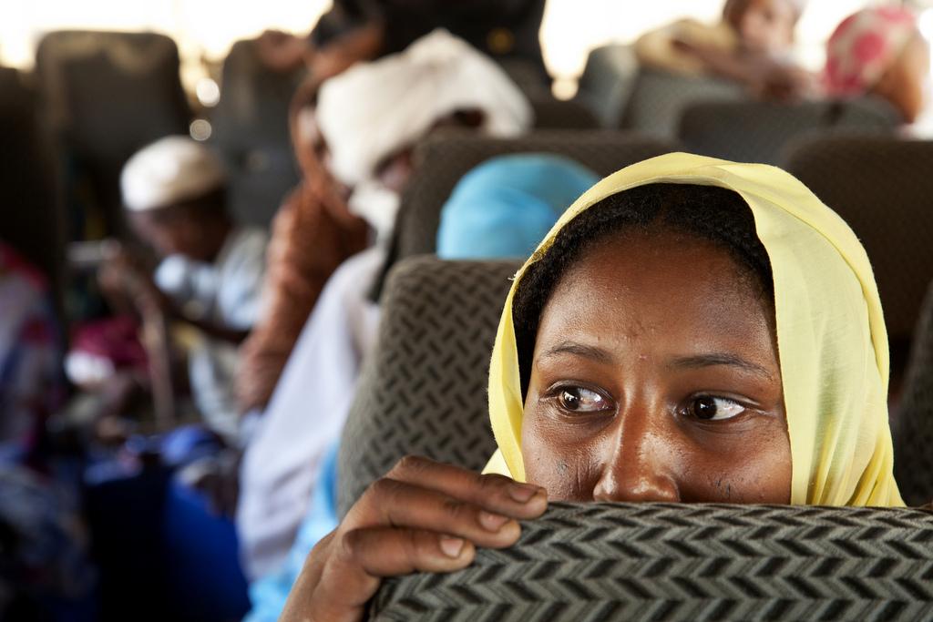 Sfollati interni partiti dal campo di Aramba in ritorno al villaggio d'origine situato nelle vicinanze di Kutum, nel Nord Darfur