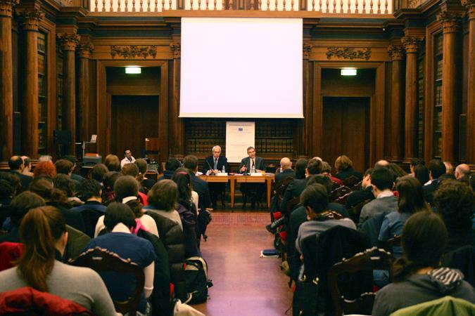 Incontro sulle prospettive di ratifica da parte del Parlamento italiano del Protocollo opzionale alla Convenzione delle Nazioni Unite contro la tortura (OPCAT), Palazzo del Bo, Archivio Antico, Università di Padova, 26 marzo 2010