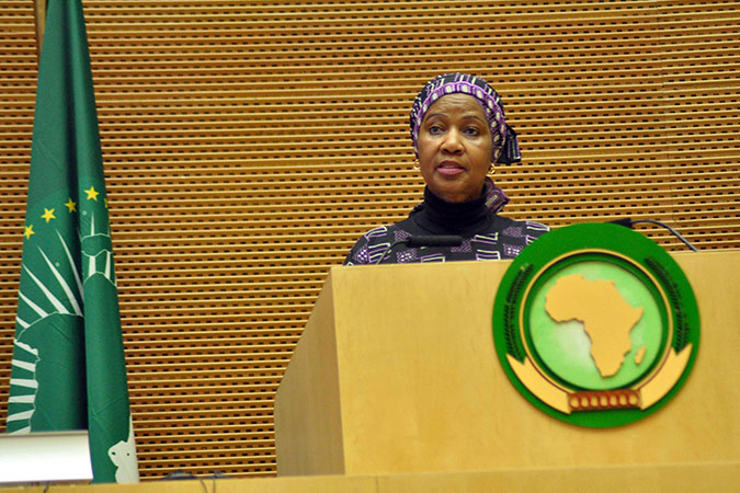 Phumzile Mlambo-Ngcuka (UN Women Executive Director) durante l'apertura del secondo Forum dell'African Women Leaders Network
