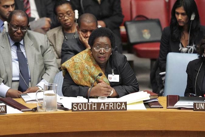 La Presidente della Commissione dell'Unione Africanar, Nkosazana Dlamini-Zuma del Sud Africa
