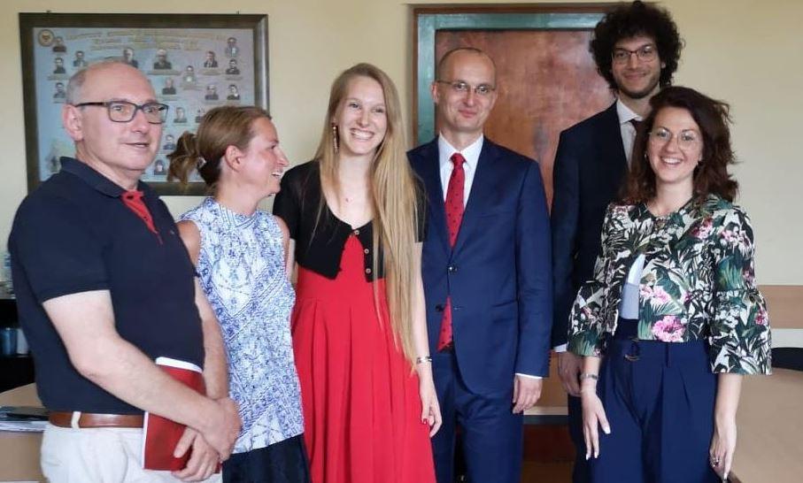 Tre studenti del Dipartimento di Scienze Politiche, Giuridiche e Studi Internazionali dell'Università di Padova conseguono la laurea in Relazioni internazionali all'Università di Wroclaw (Polonia), nell'ambito del programma di doppio titolo istituito tra le Università di Padova e Wroclaw