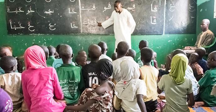 Bambini africani a scuola