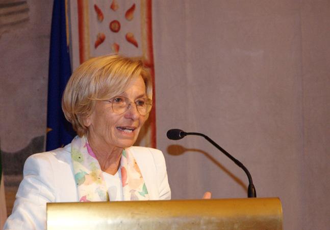 Intervento di Emma Bonino, Ministro degli Affari Esteri, Presentazione Annuario italiano dei diritti umani 2013, 19 settembre 2013, Senato della Repubblica (Roma)