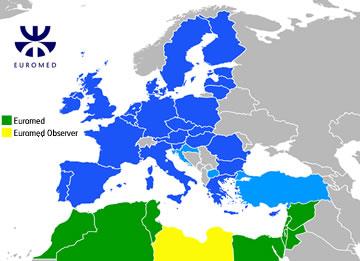 Mappa politica della regione euromediterranea che mostra i 43 paesi membri dell'Unione per il Mediterraneo e la Libia (unico osservatore), 2010