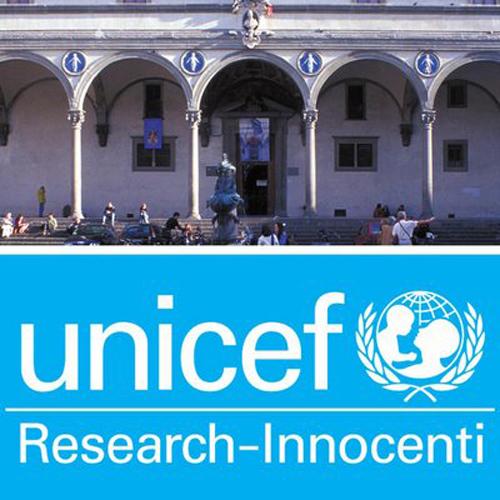 """In alto foto della sede del Centro di ricerca Unicef-Innocenti, nella parte inferiore sfondo blu scritta bianca """"Unicef Research-Innocenti"""" con logo di Unicef"""