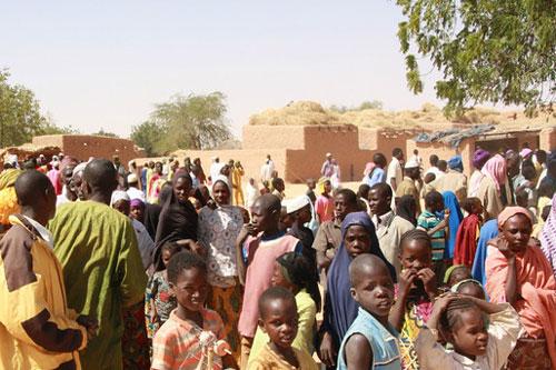 Il conflitto armato nel Nord del Mali ha costretto migliaia di persone a lasciare la propria casa per cercare rifugio in Paesi vicini come il Niger