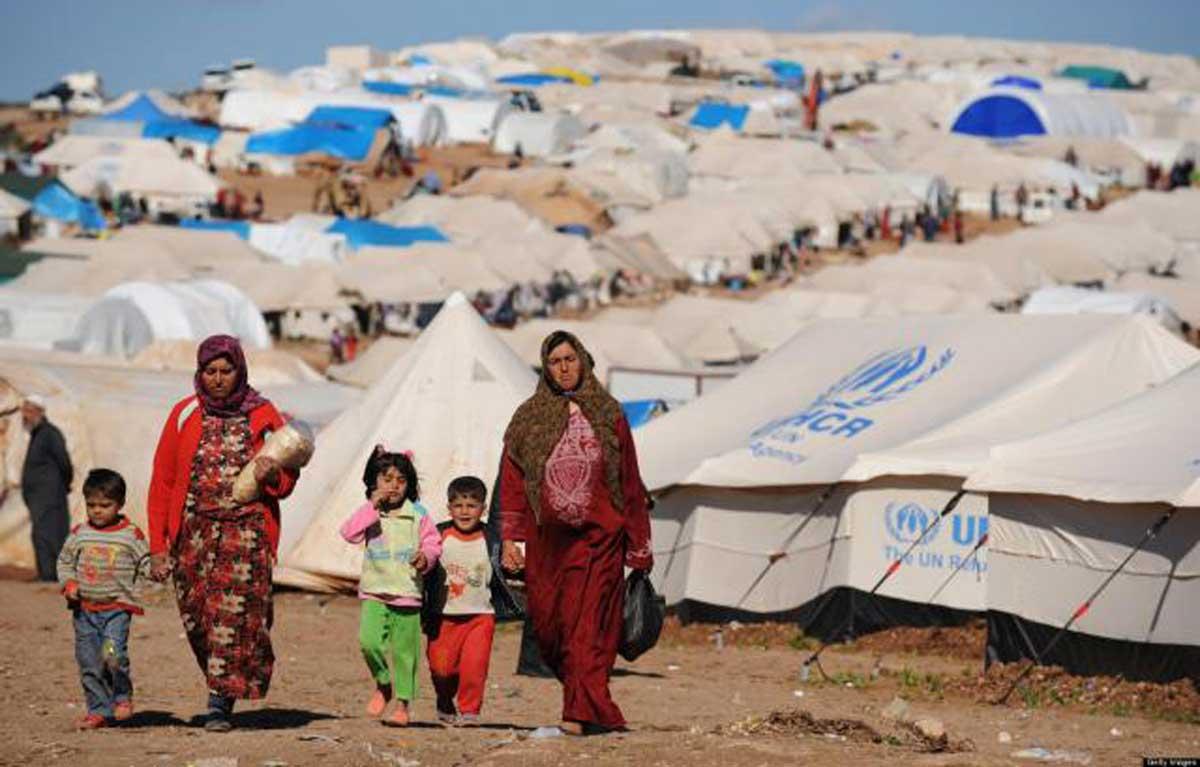 Alcuni rifugiati siriani in un campo delle Nazioni Unite.