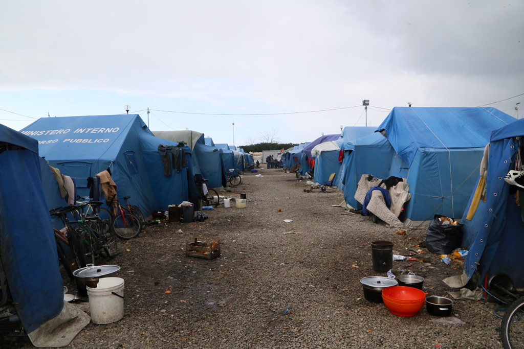 Tent city of San Ferdinando, Calabria region, built next to the previous slum where hundreds of migrant workers lived