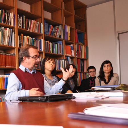 Adrien-Claude Zoller, fondatore e presidente della ONG Geneva for Human Rights incontra gli studenti dell'Università di Padova in occasione del viaggio di studio a Ginevra, 2010