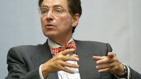 Alfred de Zayas, esperto indipendente sulla promozione di un ordine internazionale democratico ed equo