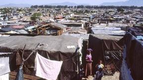 Baraccopoli a Crossroads nei sobborghi di Città del Capo, Sudafrica