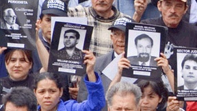 Manifestazione in favore di difensori di diritti umani in Colombia