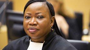 Il Procuratore della Corte penale internazionale presta giuramento nel corso della cerimonia di impegno solenne