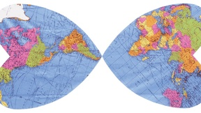 L'immagine riproduce la carta politica del mondo all'interno della sagoma di due cuori.