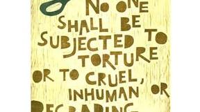 Poster con disegno e testo dell'art. 5 della dichiarazione universale dei diritti umani
