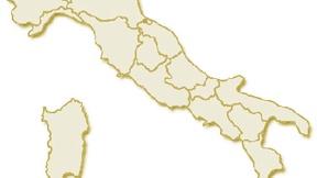 Carta geografica politica dell'Italia, suddivisa con i confini delle 20 regioni, su sfondo chiaro con evidenziata in rosso l'area del territorio della Regione Sicilia.
