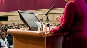 L'Alto Commissario delle Nazioni Unite per i Diritti Umani, Navi Pillay, inaugura i lavori della Quinta Piattaforma di Dublino per i Difensori dei diritti umani organizzata da Front Line