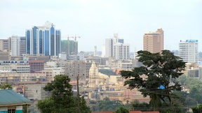 Panoramica della zona centrale di Kampala, Uganda.