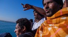 Migranti nel mare mediterraneo centrale.